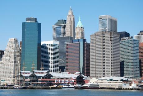 Pier 17 und die Skyline von New York. Fotografin: Gaby Maushake