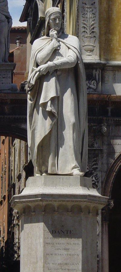 Verona: Die Statue von Dante.