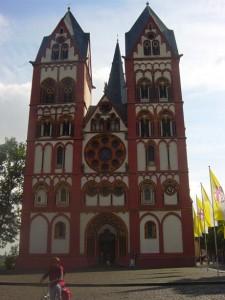 Einst zierte er einen Geldschein: der Dom von Limburg (Hessen).
