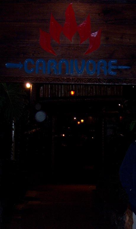"""Ein Restaurant in Kenia - der Name ist Programm: """"Carnivore"""" (""""Fleischesser"""")"""