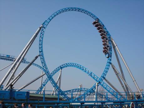 "Achterbahn ""Blue Fire"" im Europa-Park"
