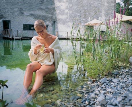 Schweiz. ganz natuerlich. Erholsamer Urlaub im Parkhotel Waldhaus in Flims, Kanton Graubuenden. / (c) by Switzerland Tourism - swiss-image.ch/Tina Steinauer