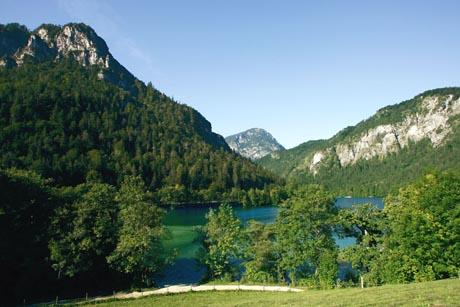 Die alpine Landschaft tut der Seele gut. Foto: djd/Bad Reichenhall/Bay. Gmain