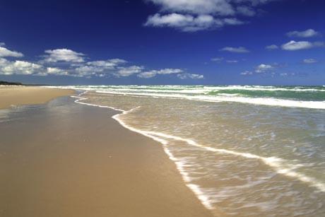 Mit über 7.000 Küstenkilometern an Nord- und Ostsee zeigt sich Dänemark am Wasser von seiner schönsten Seite. Foto: djd/www.urlaub.dk