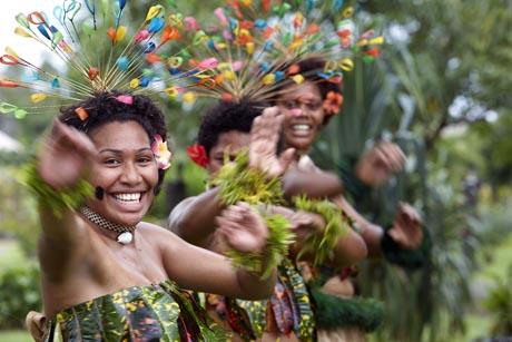 Die Einwohner der Fiji-Inseln gelten als freundlichste Menschen der Welt. Foto: djd/Tourism Fiji