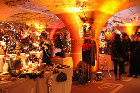 Weihnachtsmarkt im Untergrund. Bild: Grafenstein Freizeit- und Tourismuswerbung GmbH