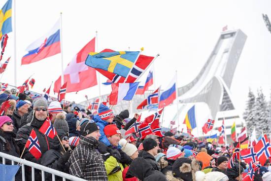 Nicht nur die Alpen haben ihre Vierschanzentournee. 2017 treffen sich die Skispringer erstmals zu einem ähnlichen Wettbewerb auch in Norwegen. Foto: djd/FJORDTRA Reisebüro/NordicFocus