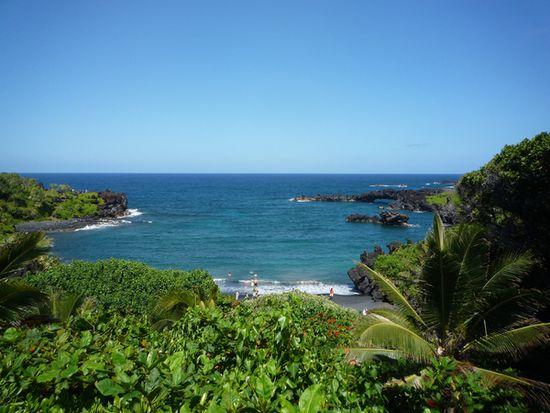 """Per """"Inselhopping"""" können vier hawaiianische Inseln auf einer Reise besucht werden. Bild: Karawane Reisen"""