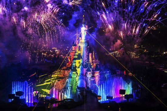 Das erleuchtete Dornröschenschloss - Bild © Disneyland Paris