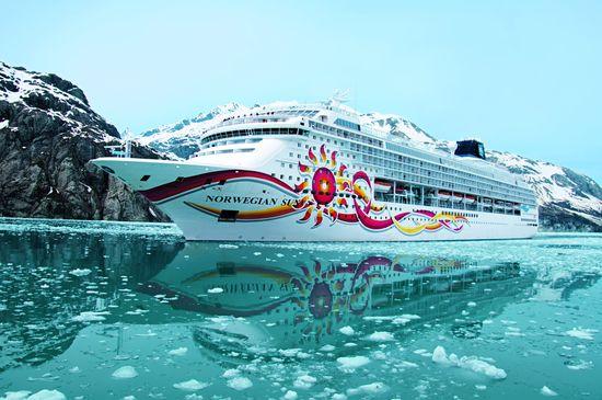 """Die """"Norwegian Sun"""" ist Teil der modernen Flotte des Schifffahrtunternehmens Norwegian Cruise Line.  Bild: bfs / Fasten Your Seatbelts / Norwegian Cruise Line"""