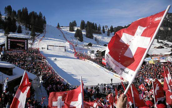 ADELBODEN - Fahnenmeer und Zielgelände des legendären FIS Ski World Cup Adelboden am Chuenisbärgli.  Copyright by Adelboden Tourismus / swiss-image.ch/Peter Klaunzer