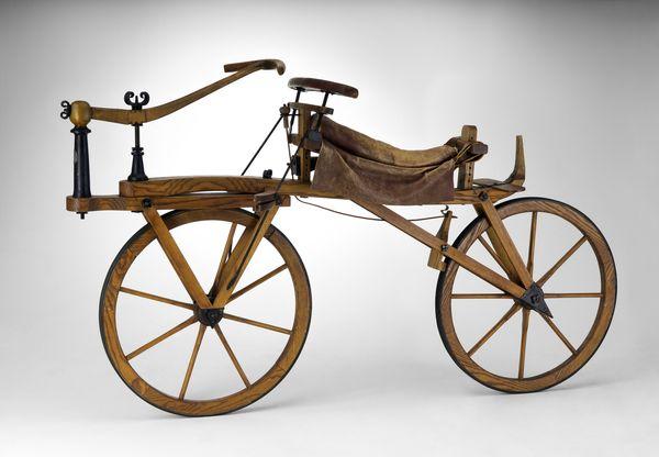Nachbau der Laufmaschine von Karl v. Drais, 1820. Bild © Technoseum Mannheim / Klaus Luginsland