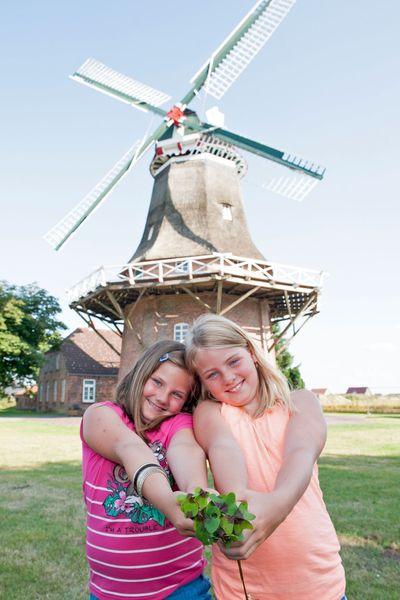 Für den Nachwuchs gibt es im Dornumerland viel zu entdecken. Foto: djd/Tourismus GmbH Gemeinde Dornum