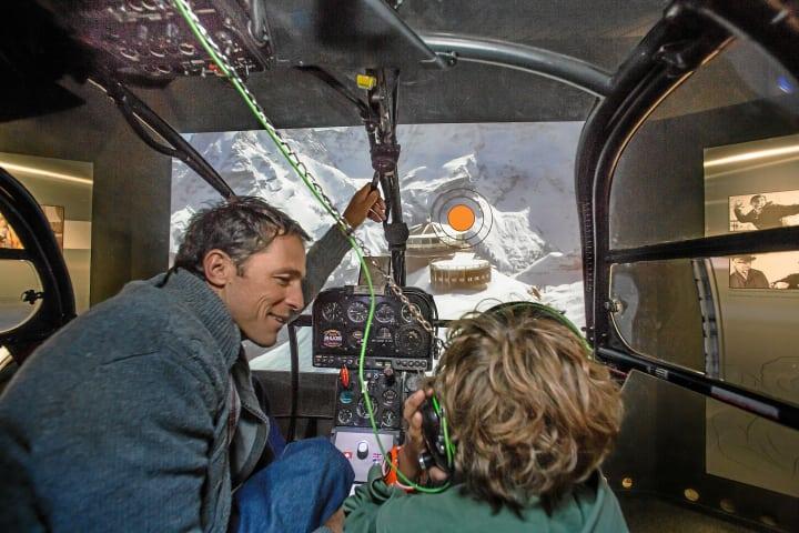 """In der interaktiven Ausstellung """"Bond World 007"""" auf dem Schilthorn. Copyright: Schilthornbahnen AG."""