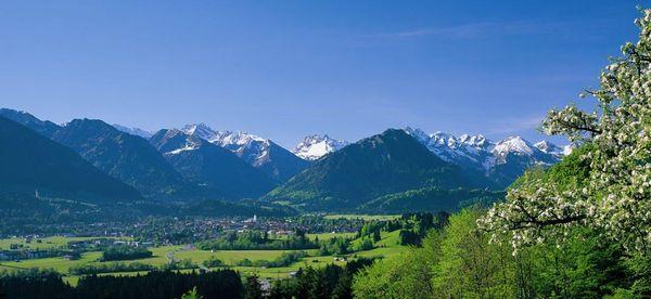 Panoramablick auf Oberstdorf. Bild  © Tourismus Oberstdorf / Michael Monschau