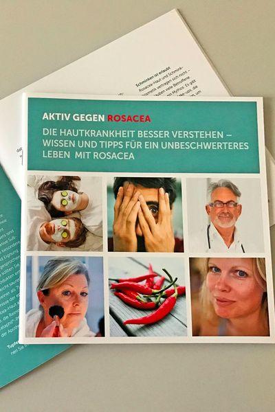 Eine neue Patientenbroschüre gibt Betroffenen und Angehörigen umfassende Informationen und Tipps rund um die Hauterkrankung Rosacea. Foto: djd / www.rosacea-info.de / Galderma