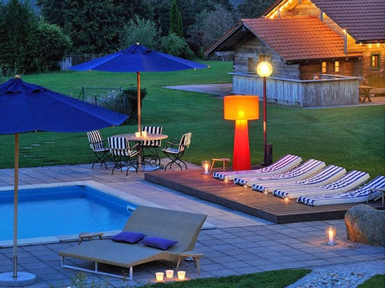 Berghotel Maibrunn: Pool im Abendlicht - Bild (c) Ydo Sol