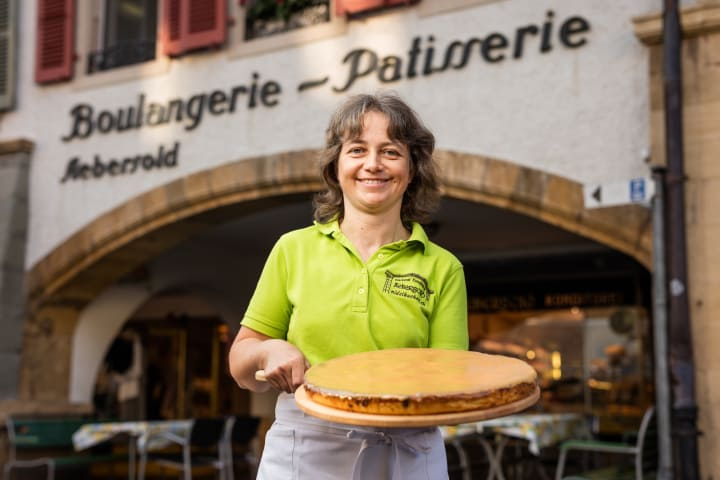 Der Nidelkuchen von der Bäckerei Aebersold in Murten, Fribourg Region. Bild: Schweiz Tourismus