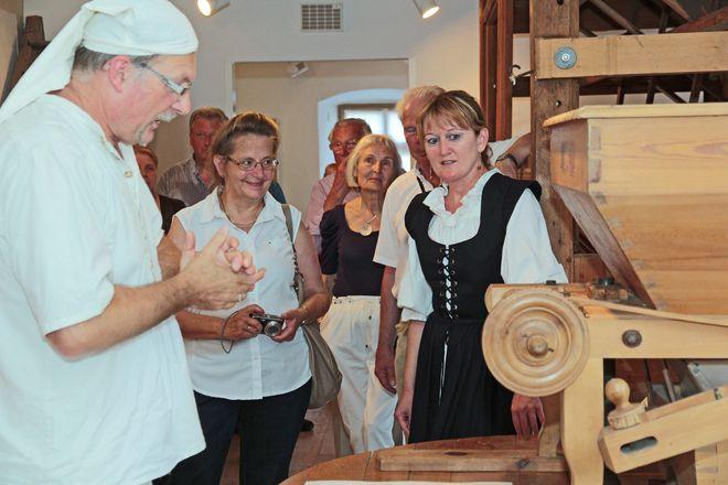 Das Museum in der ehemaligen Getreidemühle macht Handwerksgeschichte lebendig. Foto: djd/Kulturamt Hammelburg/Jochen Vogler