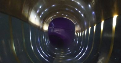 Badewelt Waikiki Zeulenroda - Black Hole Onride