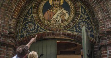 Sommerkirche Welt St. Michael (c) Foto Oliver Franke