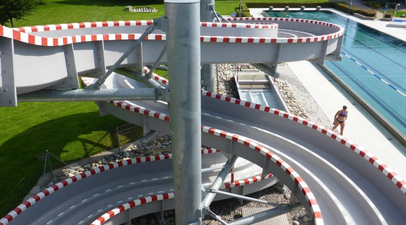 "Freibad Entfelden - Racer Slide ""Änte-Flizzer"" Onride"