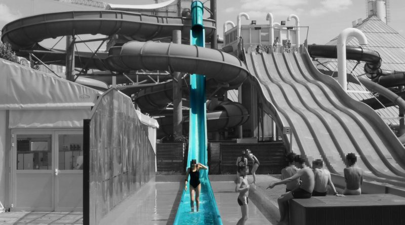 Aquamikaze Speed Slide Toboggan | Aquaboulevard Paris