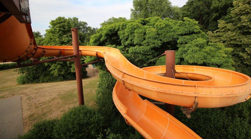 offene Freibad-Riesenrutsche | Waldschwimmbad Stockstadt am Main