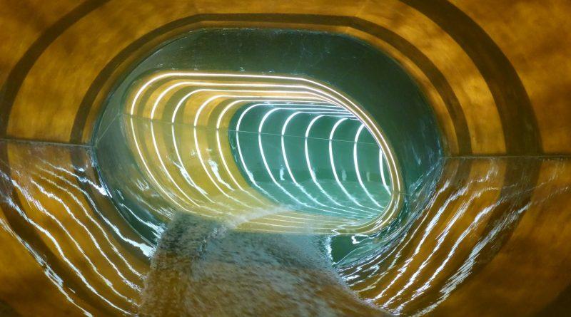 Plopsaqua De Panne - X-Tube Reifenrutsche Onride