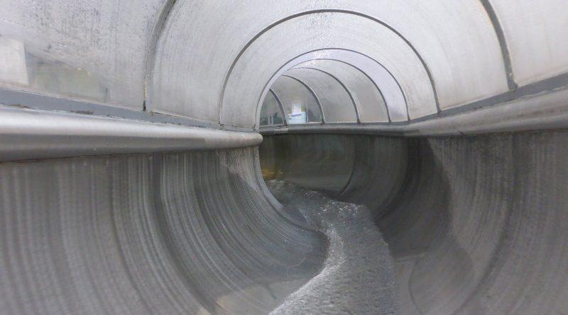 Stadtbad Schöneberg Berlin - Tunnelrutsche Onride