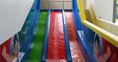 Triple Slide :: dreibahnige Kinder-Rutsche | AquaMagis Plettenberg