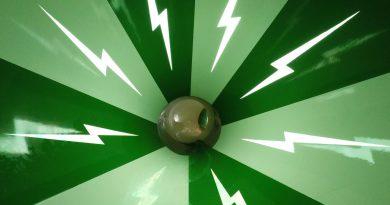 Crazy Cone :: Cone Body Slide | Eiland van Maurik
