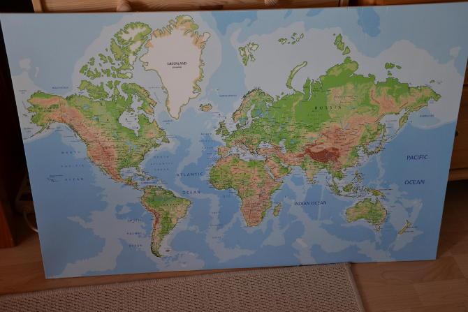 Die Karte ausgepackt.