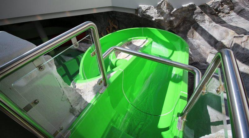 offene Kinderrutsche :: grüne Riesenrutsche | Hotel Schneeberg Ridnaun