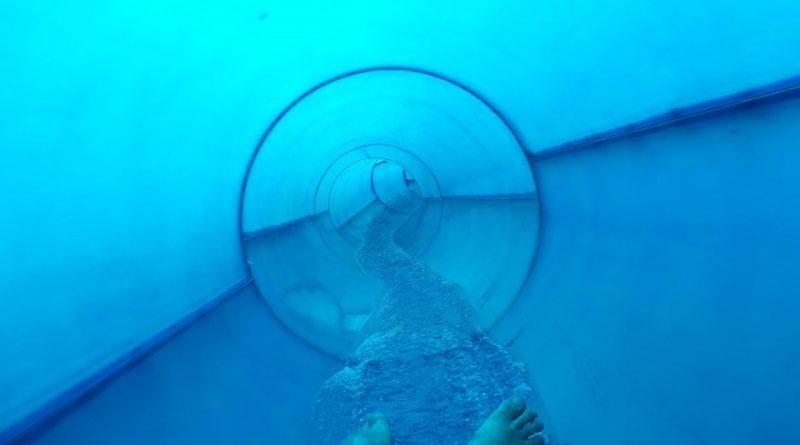 Turborutsche :: blaue Speed-Rutsche | Medley Växjö simhall och Aqua Mera Växjö