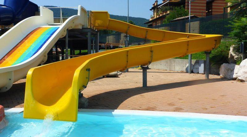 Baby Slide :: gelbe Kinderrutsche | Acquasplash Franciacorta Corte Franca