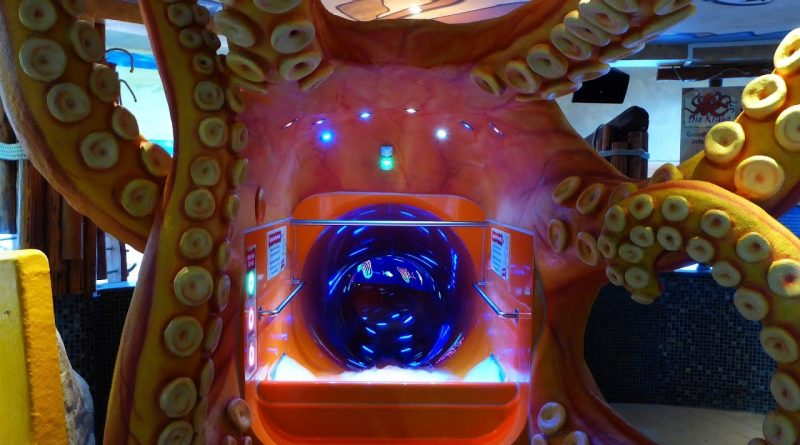 Die Krake :: Cone Reifenrutsche | Aquapulco Bad Schallerbach