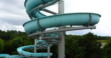 offene Riesenrutsche :: Freibad-Rutsche | Badepark Ellental Bietigheim-Bissingen
