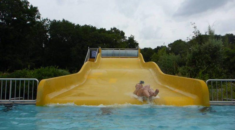 gelbe Breitrutsche :: Breit-Wellenrutsche | Waldbad Hilden