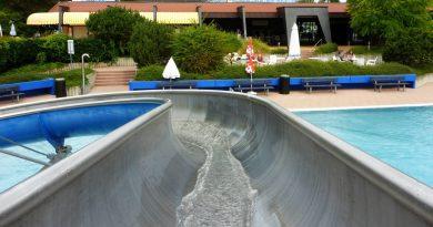 Edelstahl-Rutsche :: offene Riesenrutsche | Badepark Ellental Bietigheim-Bissingen