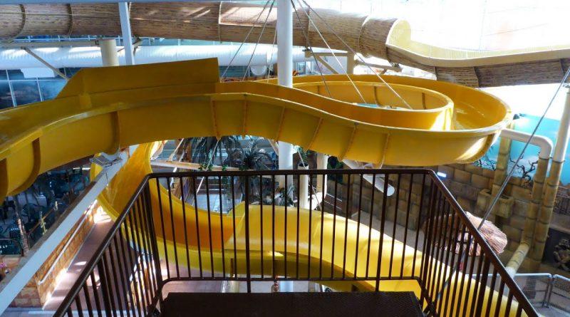 Thunderfalls Waterslide (gelbe Rutsche) :: yellow Water Slide | Sandcastle Waterpark Blackpool