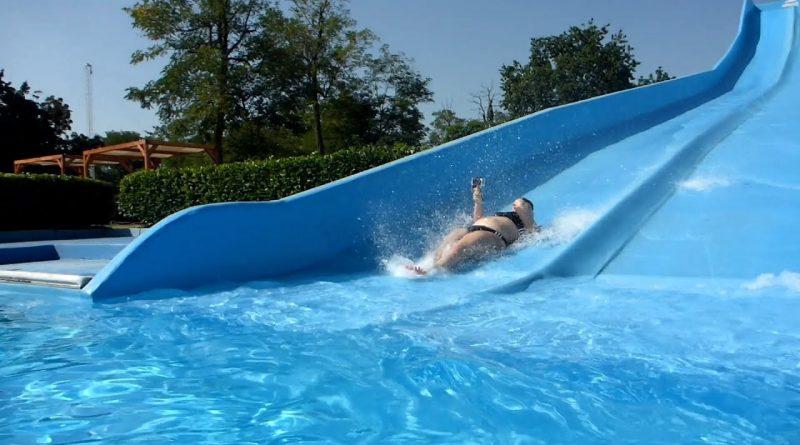 "Multislide ""Foam"" :: Bahnenrutsche | Acquatica Park Mailand"