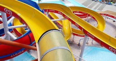 Toboga Giallo :: gelbe Riesenrutsche | Acquatica Park Mailand