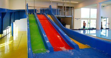 Triple Slide :: dreibahnige Kinderrutsche | Schlosshotel Lacknerhof Flachau