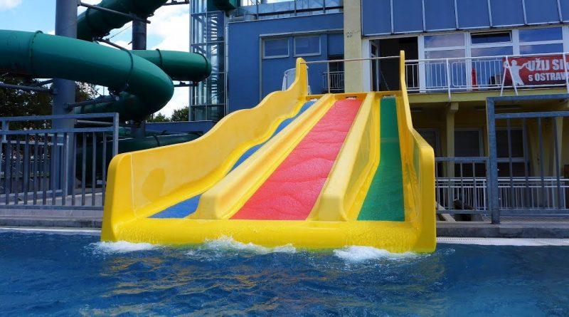 Triple Slide :: dreibahnige Rutsche | Vodní svět Sareza Ostrava