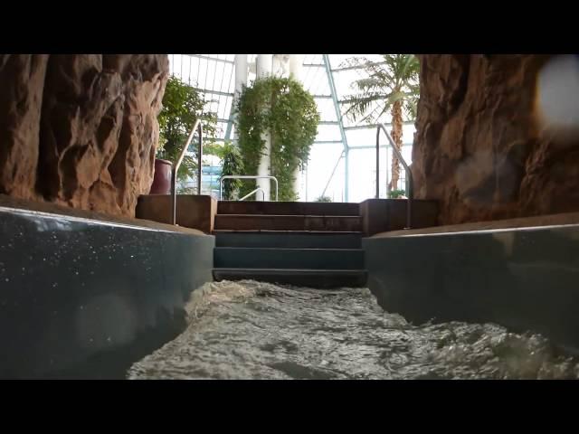 Badewelt Waikiki Zeulenroda - breite Tunnelrutsche Onride