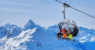 Skifahren in Davos Klosters (Graubünden). Bild: Schweiz Tourismus