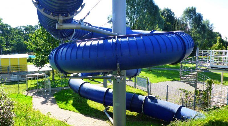 Black Hole Röhrenrutsche :: Tube Slide | Aggua Troisdorf