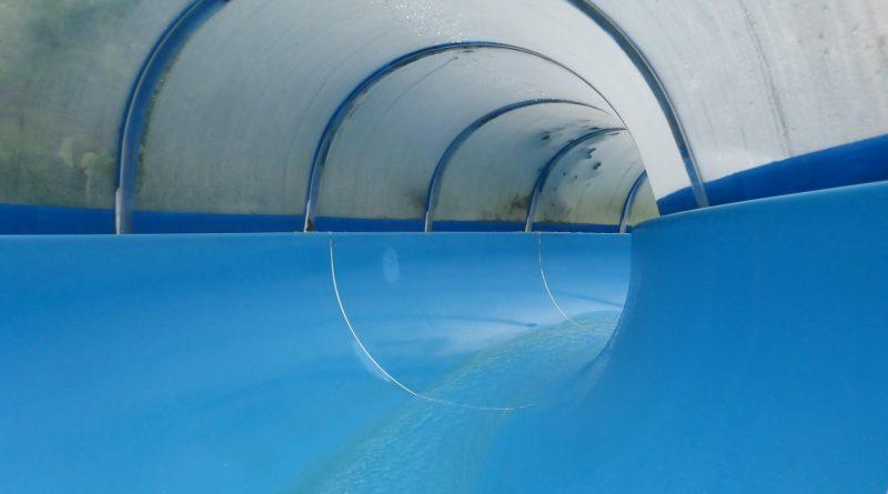 blaue Tunnelrutsche | Freizeitbad Prüm