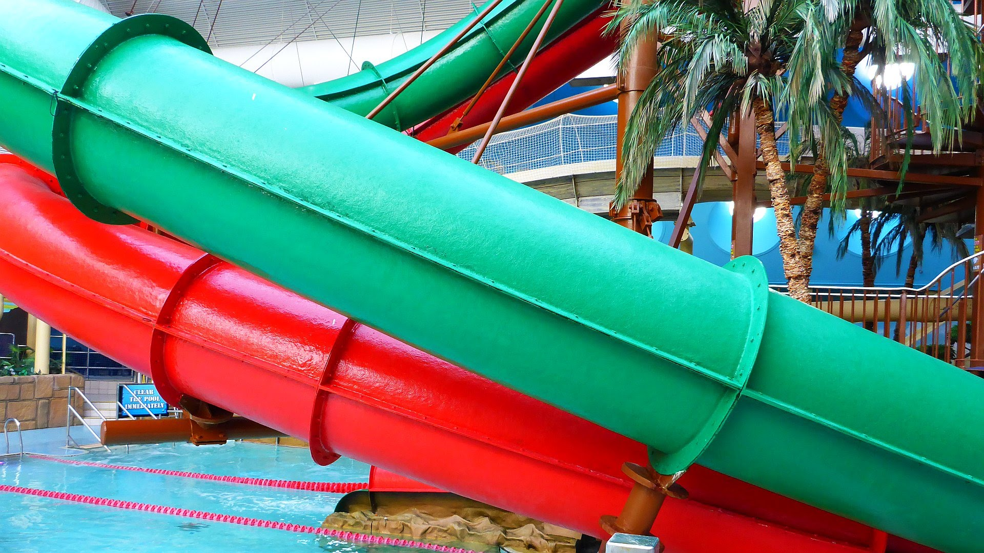 Duelling Dragons (Green) :: Turbo Slide | Sandcastle Waterpark Blackpool